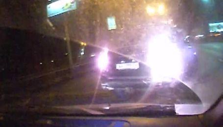 Запис з відеореєстратора Чорновол: водій чорного джипа не дав їй шансу втекти