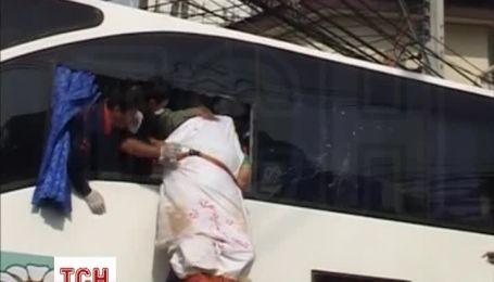 В Таиланде разбился автобус с туристами