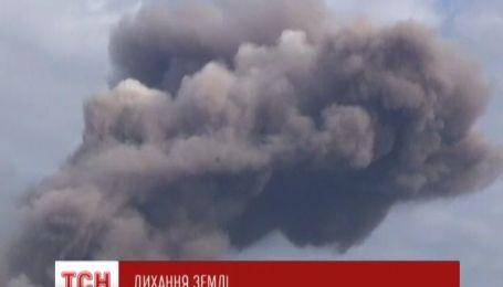 В Індонезії прокинувся вулкан Сінабунг