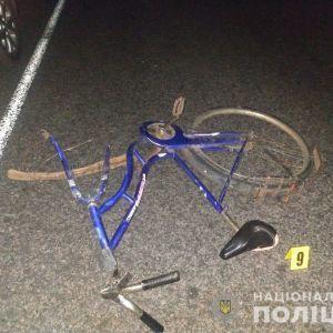 В Сумской области водитель иномарки насмерть сбил велосипедиста: фото