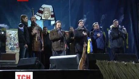 Из-за столкновений на улице Грушевского Евромайдану грозит зачистка