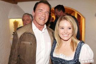 Арнольд Шварценеггер станет холостяком после рекордно длительного развода
