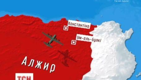 В Алжирі в аварії літака загинуло більше ста людей
