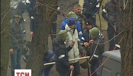 Знімальній групі ТСН вдалося побачити, як живе сьогодні Антимайдан
