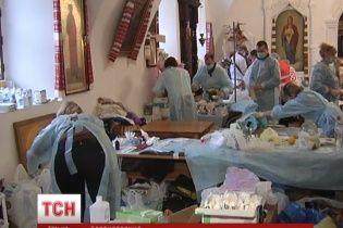 В Михайловском неравнодушные киевляне сделали госпиталь с хирургическим отделением