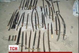 В особняке Пшонки нашли уникальное оружие, которое 4 года назад милиция отобрала у коллекционера