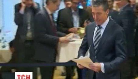 НАТО готова поддержать демократические реформы в Украине