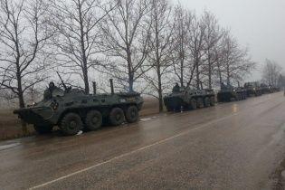 Российские БТРы развернулись, не доехав до Симферополя