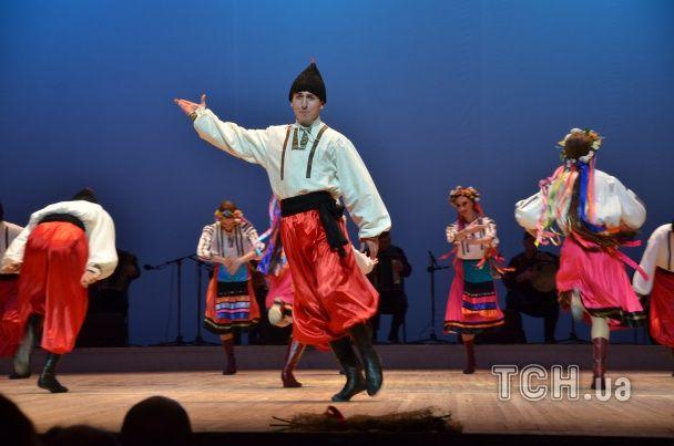 """""""Сухишвили"""" в Киеве танцевали гопак под украинским флагом"""