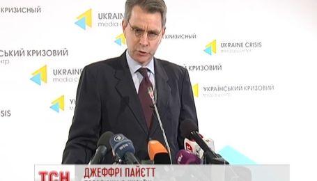 Всі західні політики обіцяють підтримувати цілісність України