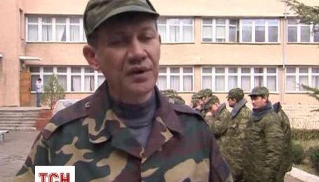 Добровольцы в Крыму присягнули на верность крымчанам под российским флагом