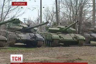 Дві тисячі українських військових не можуть виїхати з окупованого Криму через безгрошів'я