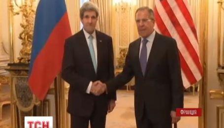 Не будет никаких решений о будущем Украины без участия самой Украины - Керри