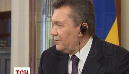"""Янукович розповів про свій автопарк, який """"збирав з брухту"""""""