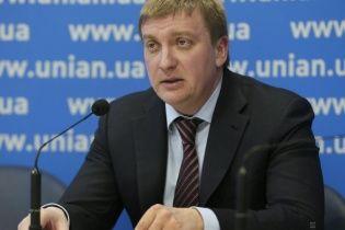 В Украине уволят до 50% госслужащих - Петренко