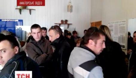У Криму українців варварськими  методами змушують прийняти громадянство РФ