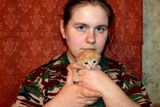 """22-річна російська шпигунка у Мережі хизується """"комуністичним минулим"""" та викладає фото з Майдану"""