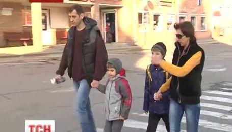 Росіянин відмовився від громадянства і з сім'єю переїхав в Україну