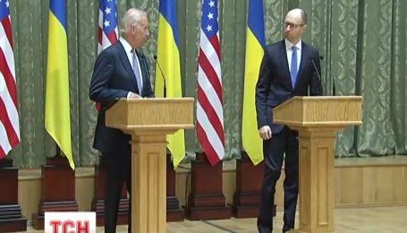 Вице-президент США пообещал Украине поддержку - политическую и финансовую