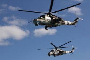 Шесть боевых вертолетов РФ нарушили воздушное пространство Украины