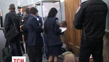 Правоохоронці затримали підозрюваного у вбивстві пасажира метро