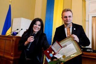 Садовий привітав Руслану з присвоєнням звання почесного громадянина Львова