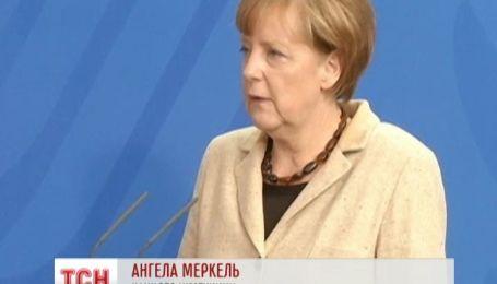 """Меркель назвала """"позорным"""" проведение парада 9 мая в Крыму"""