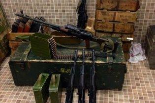 """""""Черные человечки"""" обезвредили базу сепаратистов с оружием, а нескольких взяли в плен - Ляшко"""