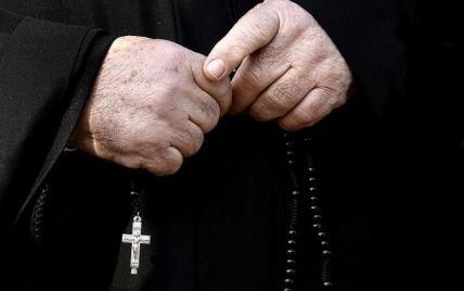 """""""Сбился со священнического пути"""": в Ватикане экс-дипломата посадят за распространение детского порно"""
