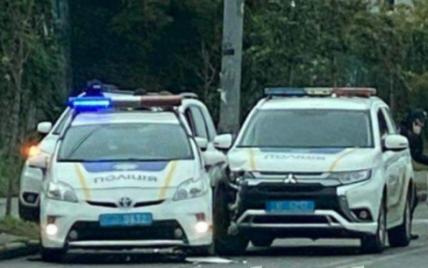 У Києві зіткнулися два поліцейських автомобілі: фото