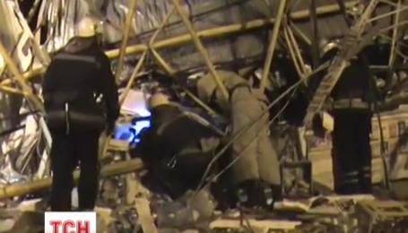В Харькове умерло две женщины от падения строительного крана
