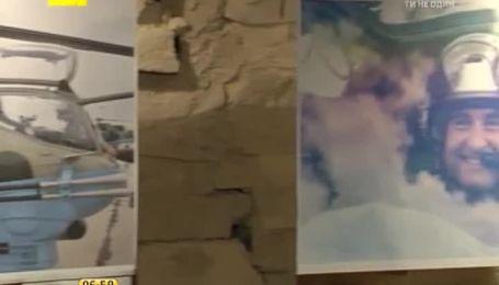 В Киеве открылась выставка с фото погибших под Славянском военных