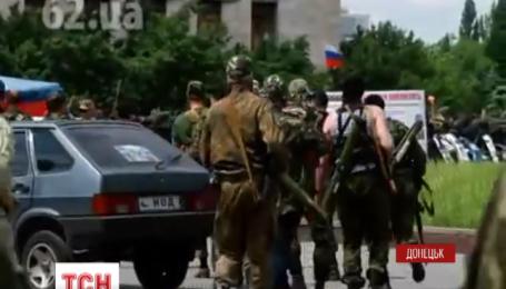 220 человек побывали в заложниках на Донбассе