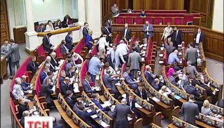 Депутати хочуть звіт від Міноборони про витрати на потреби військових