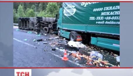 Двое человек погибло в ДТП на Закарпатье