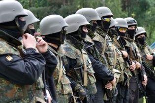 """Під Луганськом бійці """"Альфи"""" намагаються відбити у айдарівців захоплених терористів"""