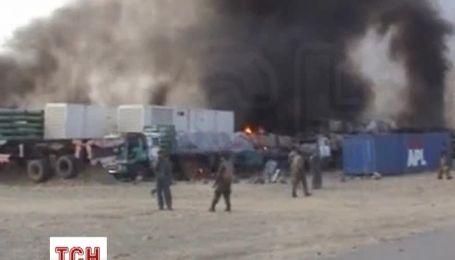 Талибы сожгли более 30 грузовиков на базе НАТО в Афганистане