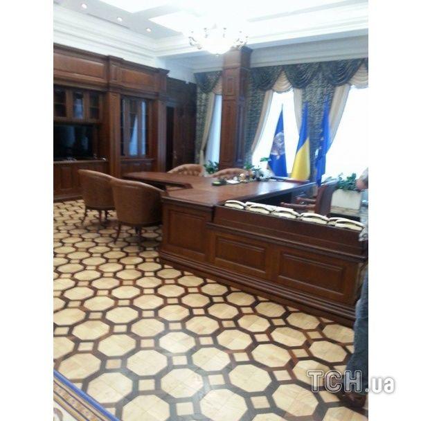 Ярема показав семикімнатний кабінет Пшонки зі спа-салоном та тренажерною залою