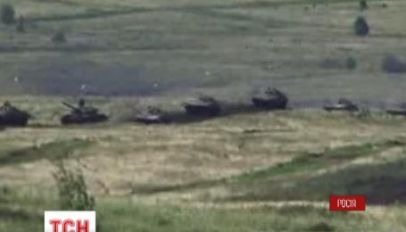 Россия привела в полную боевую готовность более 65 тысяч своих солдат
