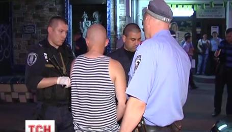 В Киеве двое пьяных мужчин убегали от ГАИ
