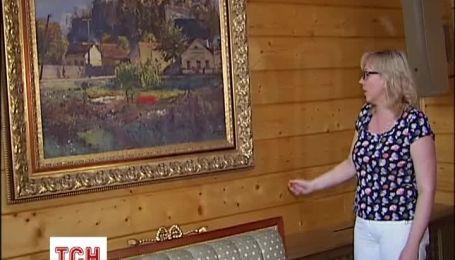 Картины Януковича передали в Национальный музей Украины