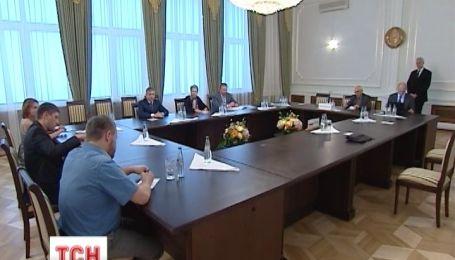 Кучма сообщил о договоренности в освобождении 20 заложников