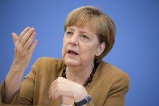 Меркель отвергла возможность поставок немецкого оружия в Украину
