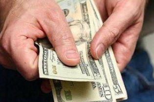 Валютні кредити українці повертатимуть за курсом 8 гривень за долар