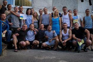 Приходько, Матвиенко и Руслана снова едут на Восток Украины поддерживать боевой дух солдат