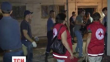 Красный Крест отчитывается, что уже раздал 100 тысяч тонн гуманитарки