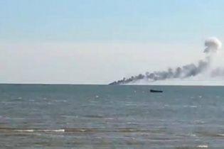 Українські катери в Азовському морі обстріляли керованими ракетами: двох прикордонників досі шукають