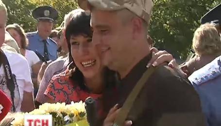 Взвод сотрудников ГАИ Киева вернулся из зоны АТО домой