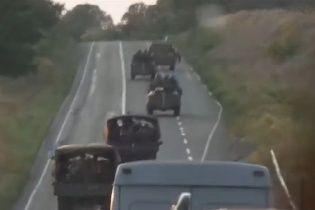 Українські військові потрапили під обстріл під Слов'янськом (відео)
