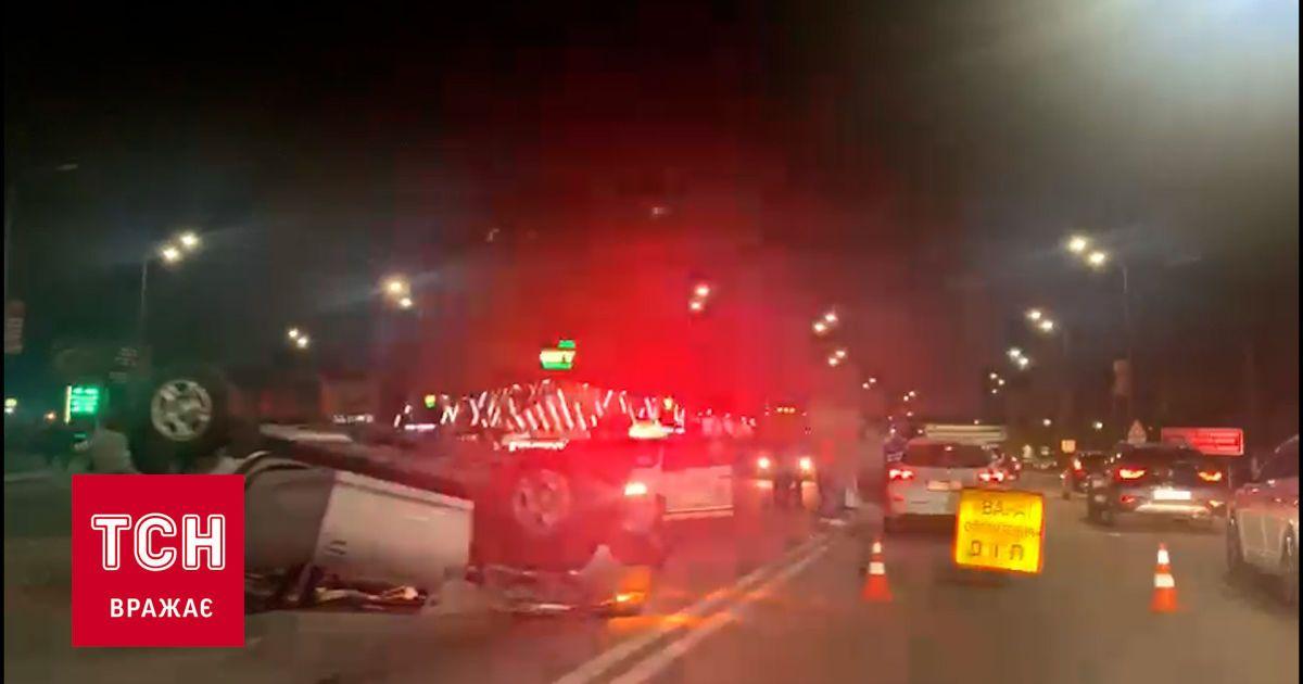 На въезде в город Ирпень произошла масштабная авария: столкнулись не менее 5 автомобилей
